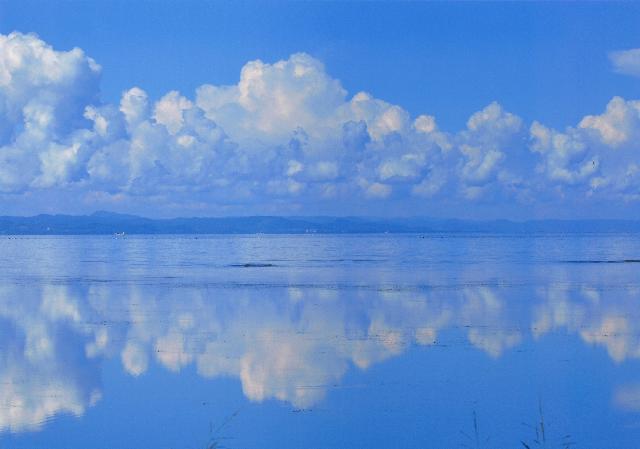 入選 「朝のサロマ湖」